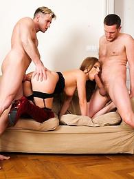 Ian Scott, Choky Ice, Kristine Crystalis