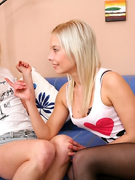 Two foxy teen damsels treating their shy nerdy friend with a fascinating double blowjob